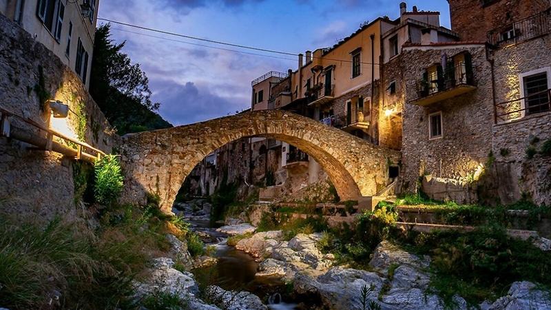 Borgo di Zuccarello