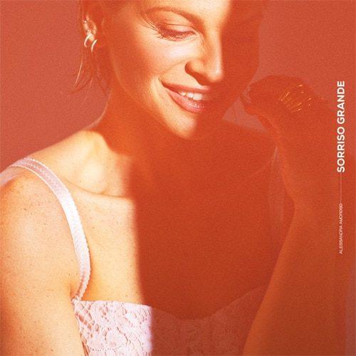 Alessandra Amoroso - Sorriso Grande - cover